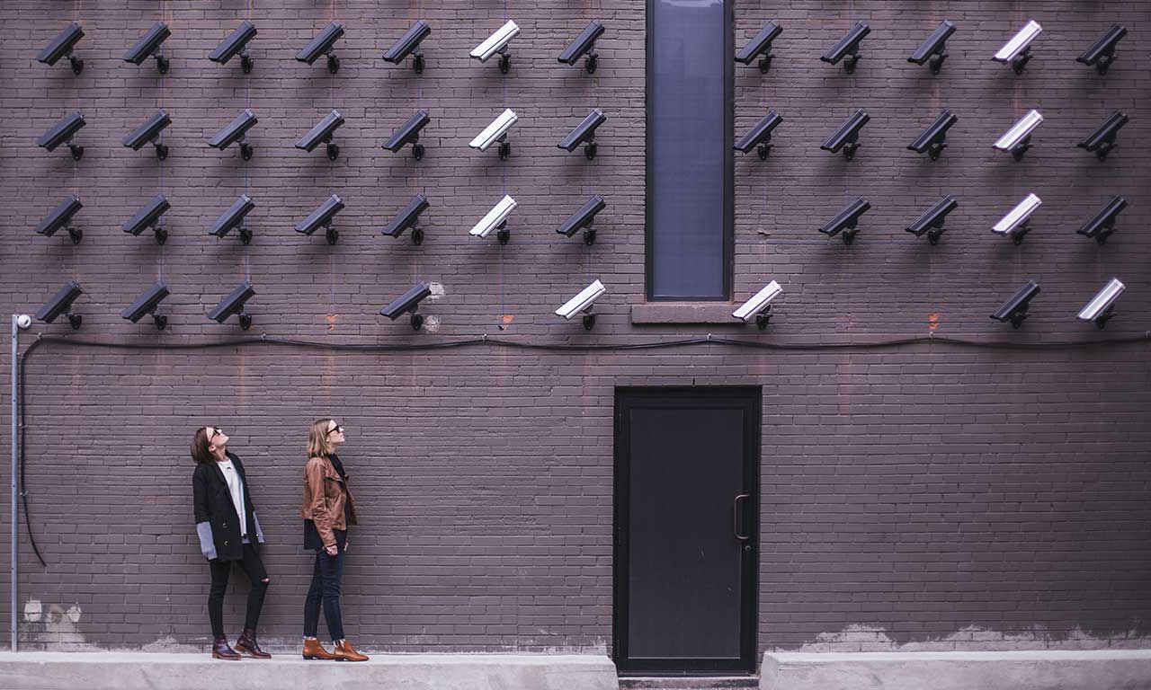 You are currently viewing Internet-Riesen missachten den Datenschutz